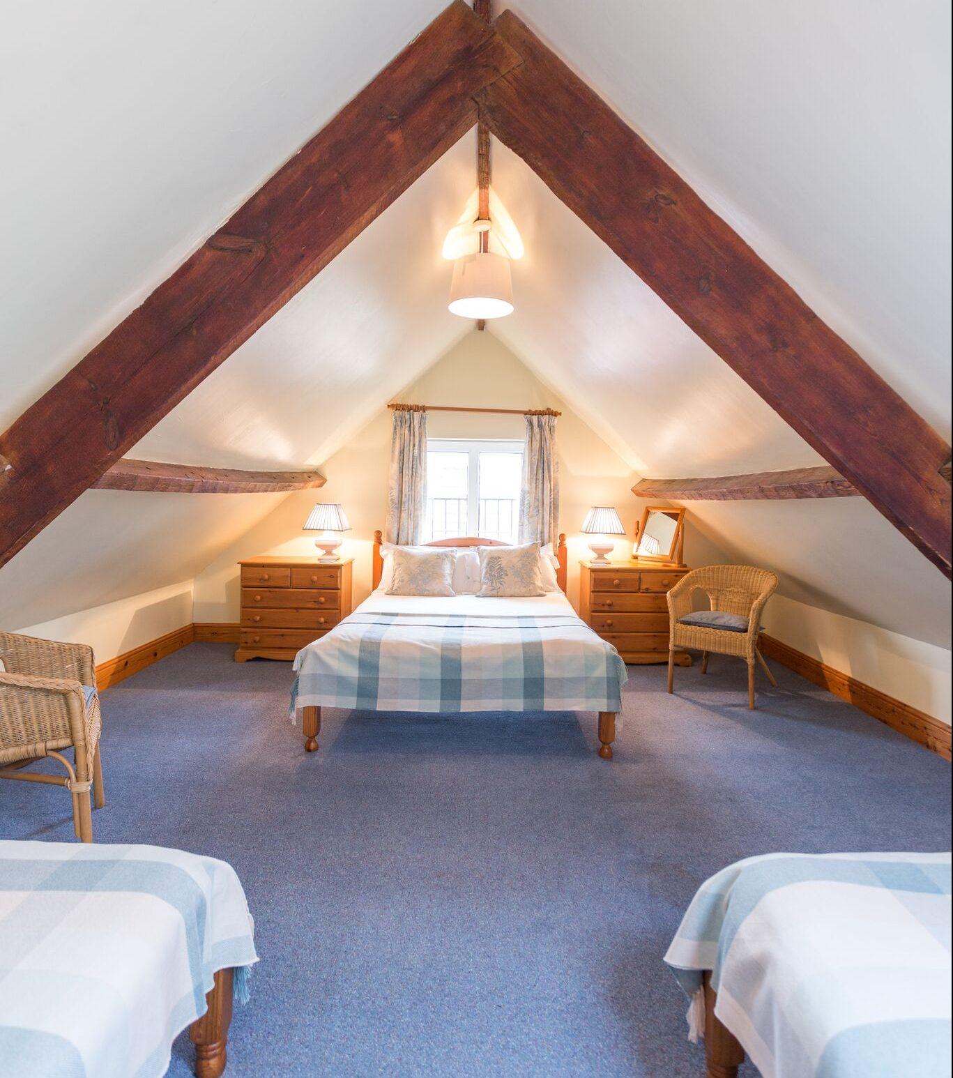 Upstairs bedroom olive mead farm holidays for Upstairs bedroom ideas