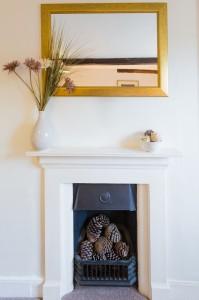 King Bedroom Fireplace